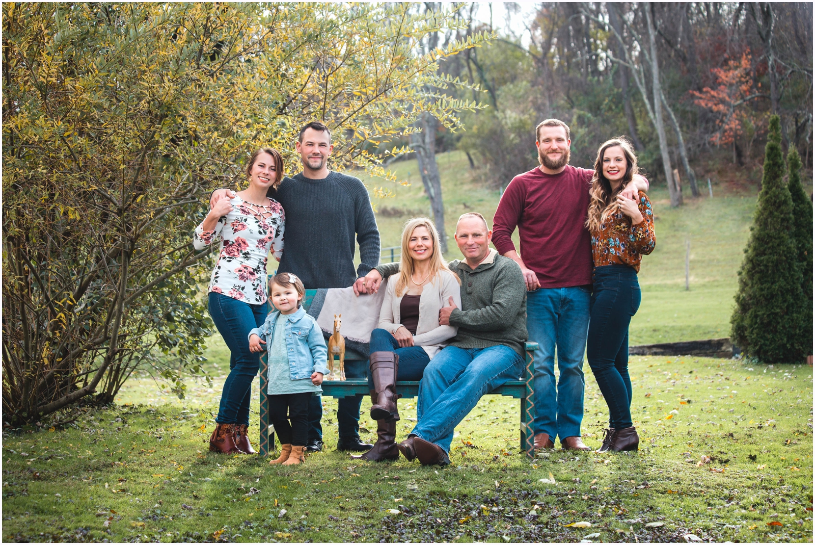 family_portrait_youngwood_pa_photographer_greensburg_mount_pleasant_latrobe.jpg
