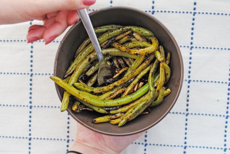 Balsamic Green Beans with Lemon + Garlic