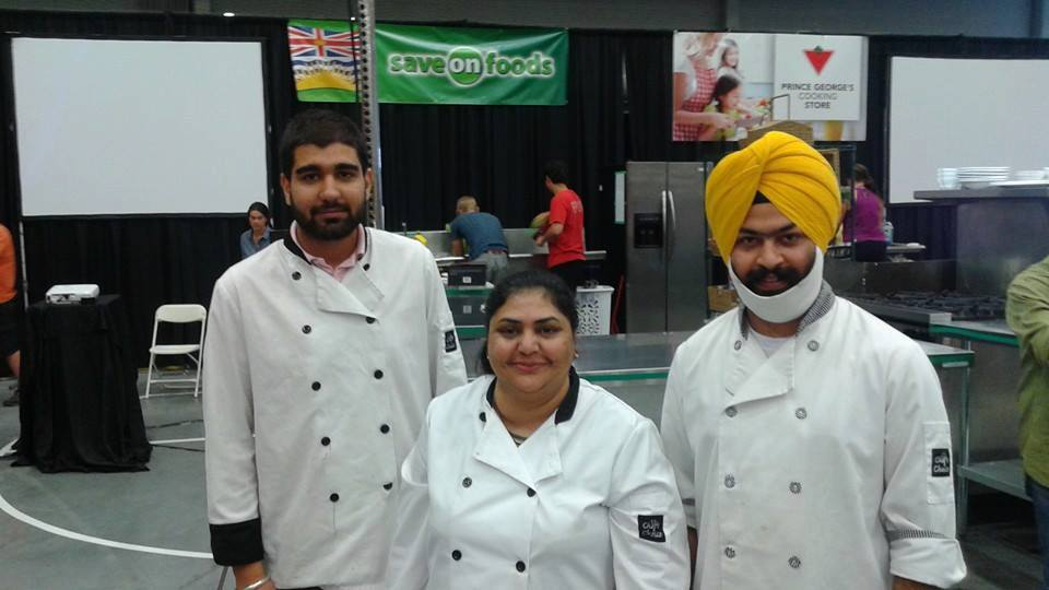 2016 Iron Ore Chef winner Jagdish Gill with team
