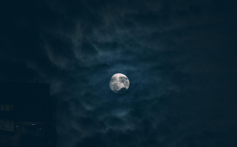 new years moon.jpg