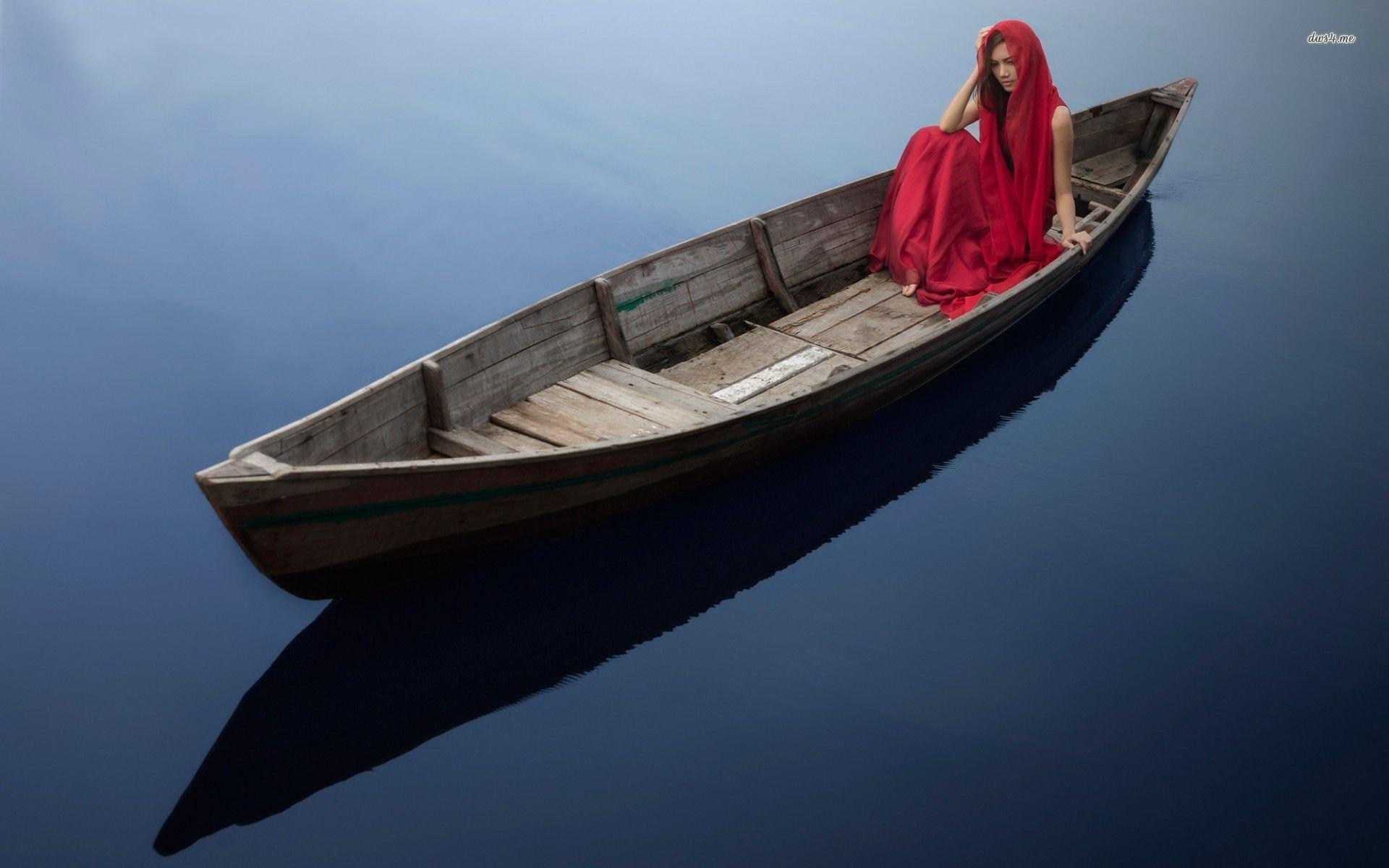 woman-dress-boat-water.jpg