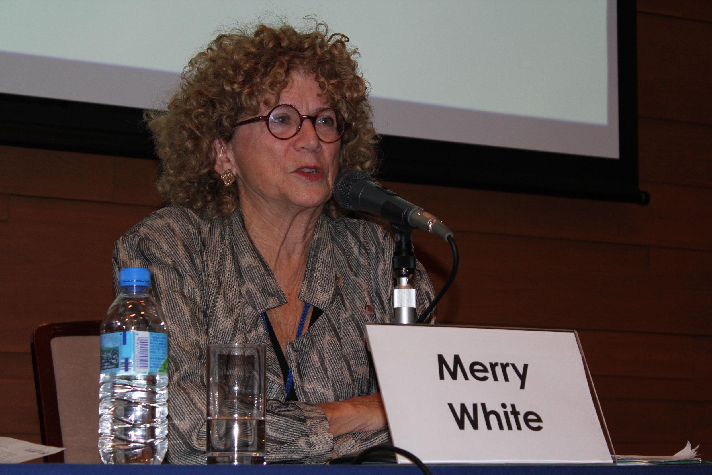 Merry White (2012).JPG