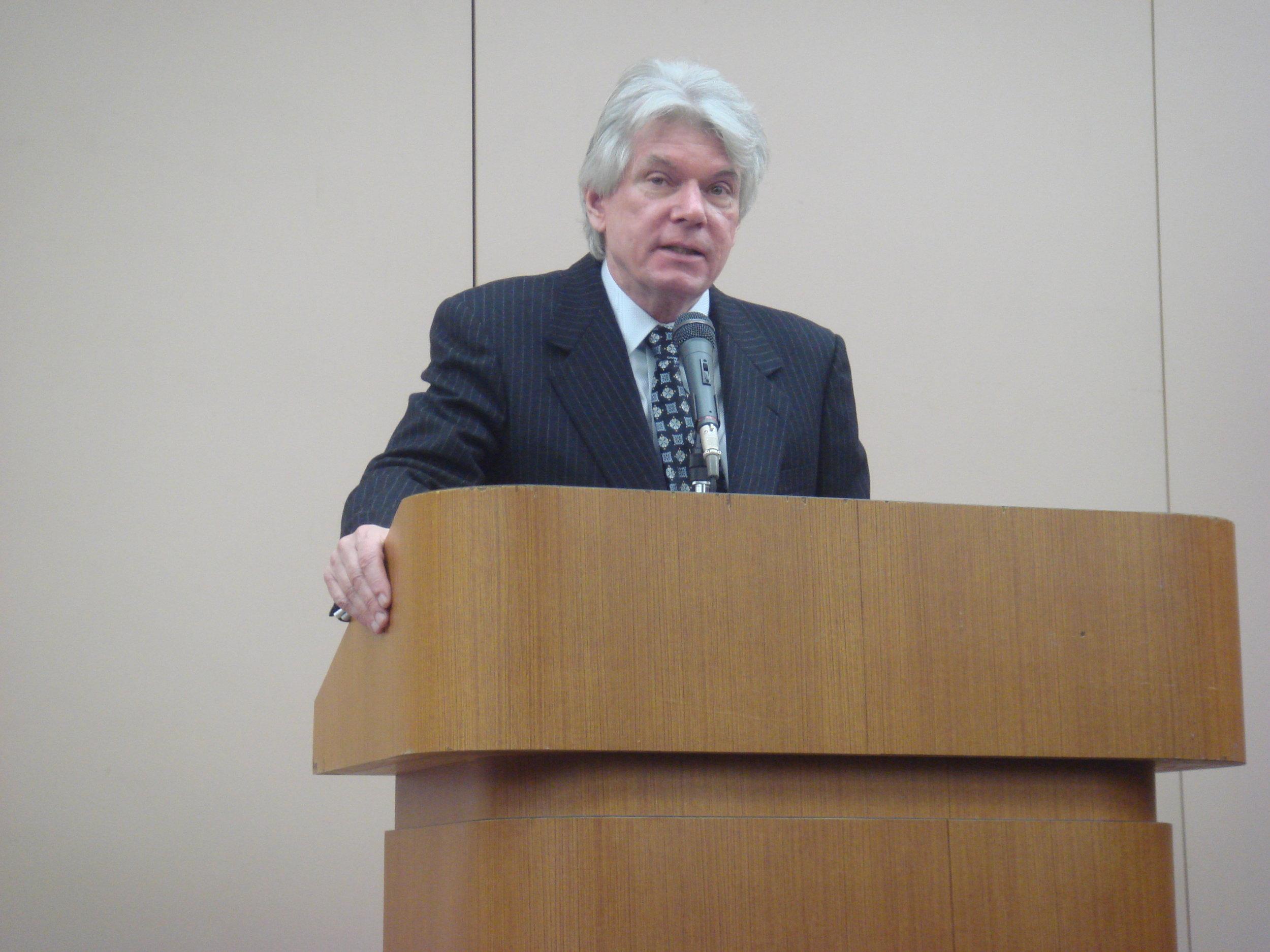 Robert Whiting (2010).jpg