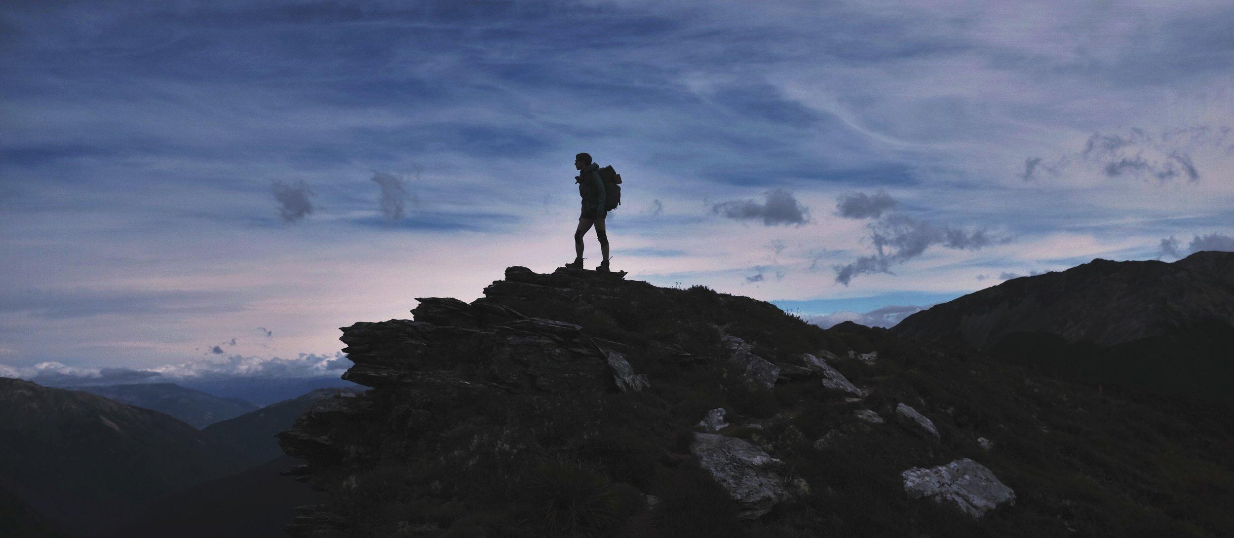 Standing atop the ridge past Old Man peak.