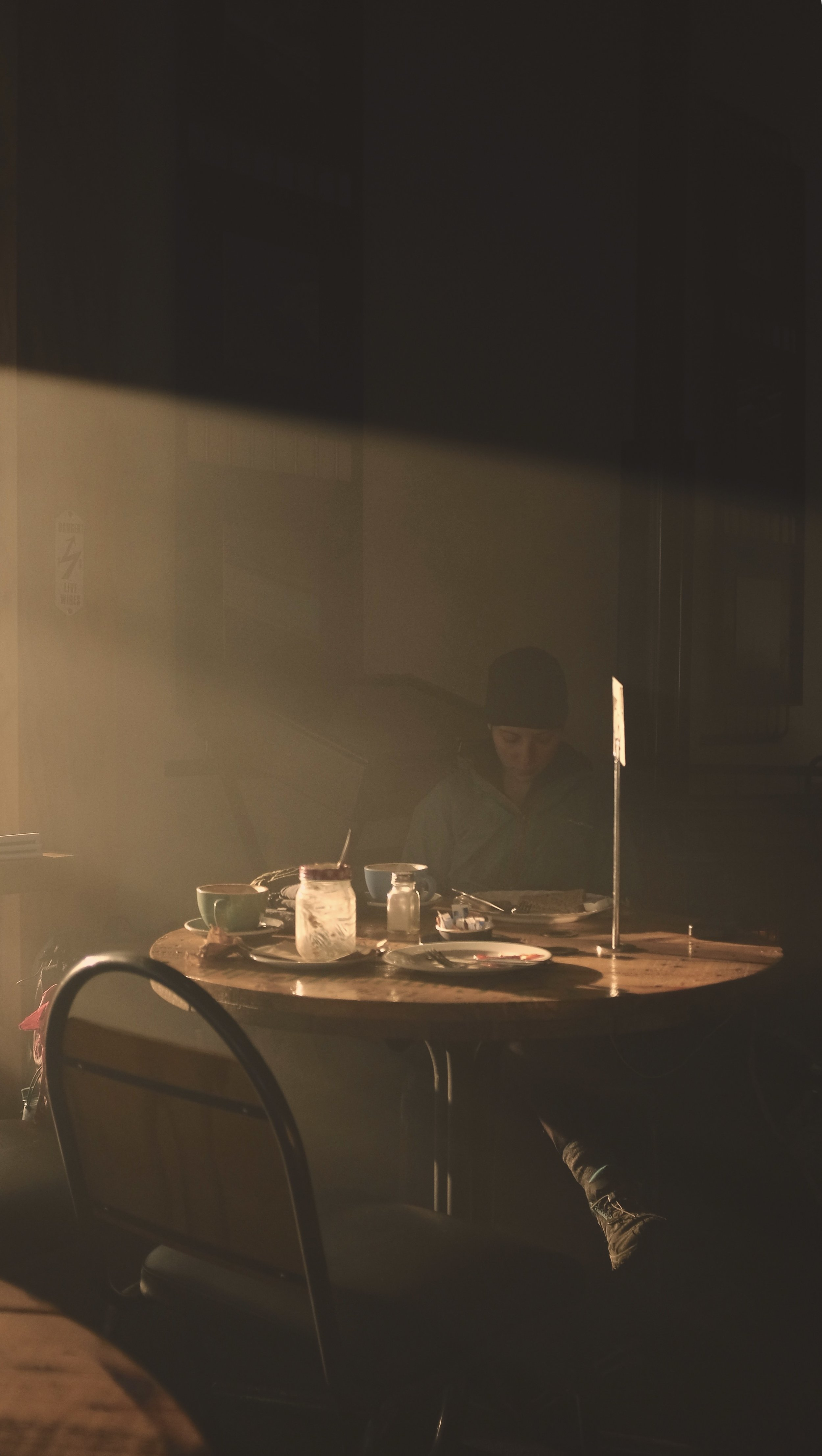 Early morning cafe in Twizel.