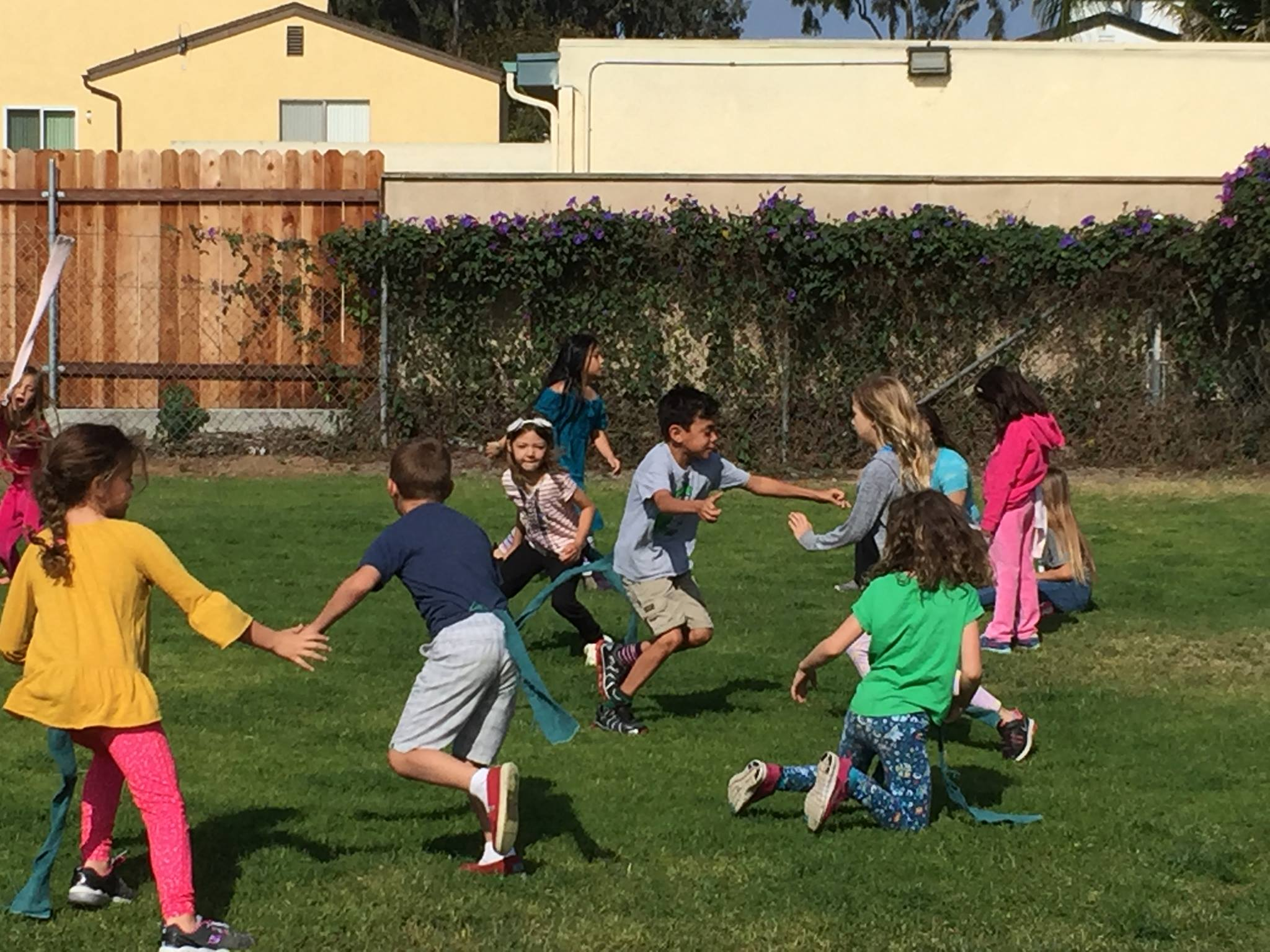 - GamesPhysical exercise through cooperative games. Learning gross motor skills, balance, and team work