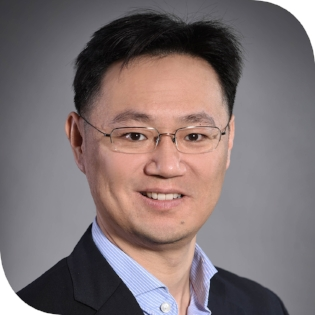 Victor Tseng  VP for Corporate Affairs and Business Development Ctrip China  Victor Tseng is Vice President of Corporate Affairs at Ctrip. Victor accumulated deep experiences in the Internet and TMT space for the last 17 years. He has been involved in a couple of startups in the last couple of years. Most notably he was Chief Financial Officer of Lianjia, China's largest real estate agency, helping them raise a series B capital of about RMB 6 billion. He was also Chief Financial Officer at Anjuke, China's leading online real estate platform, helping drive the US$267 million M&A deal with Nasdaq listed 58.com.  Previously Victor was also Director at Baidu, China's leading search engine. 10 years ago, Victor was the Vice President and Lead China Internet Analyst at Deutsche Bank in Hong Kong where he covered Ctrip and the online travel industry.  Victor obtained his International Master of Business Administration degree, a joint program, from Tsinghua School of Economics and MIT Sloan. He obtained his Bachelors of Science degree from University of California at Los Angeles.