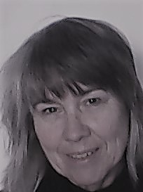 Lyn Coghlan head shot.jpg