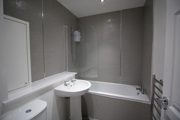 strathmatine-bathroom.jpg