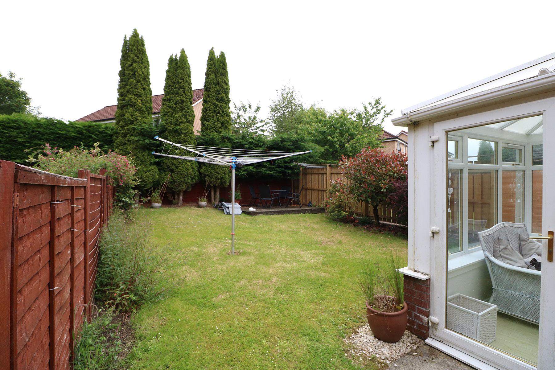 larchfield-gardens-back-garden.jpg