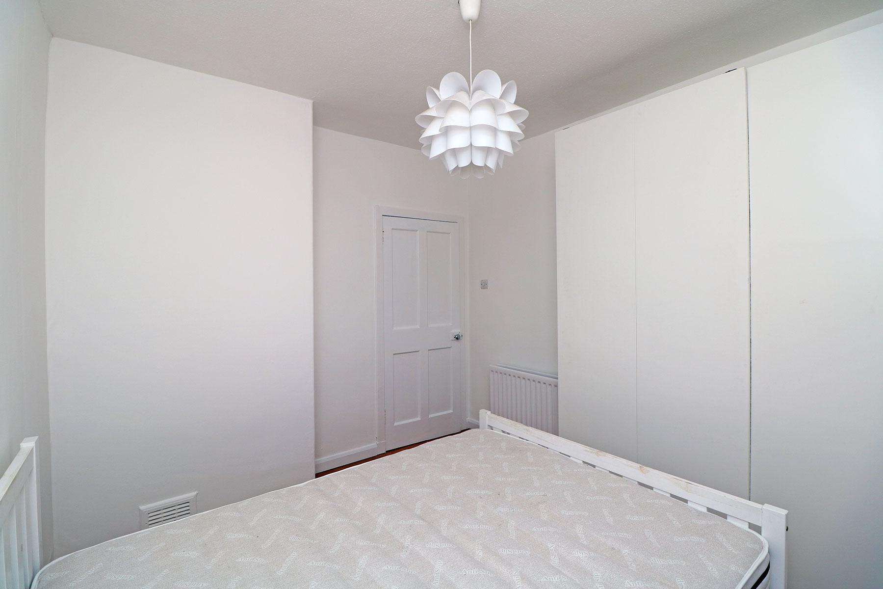 kerrsview-terrace-bedroom-1.2.jpg