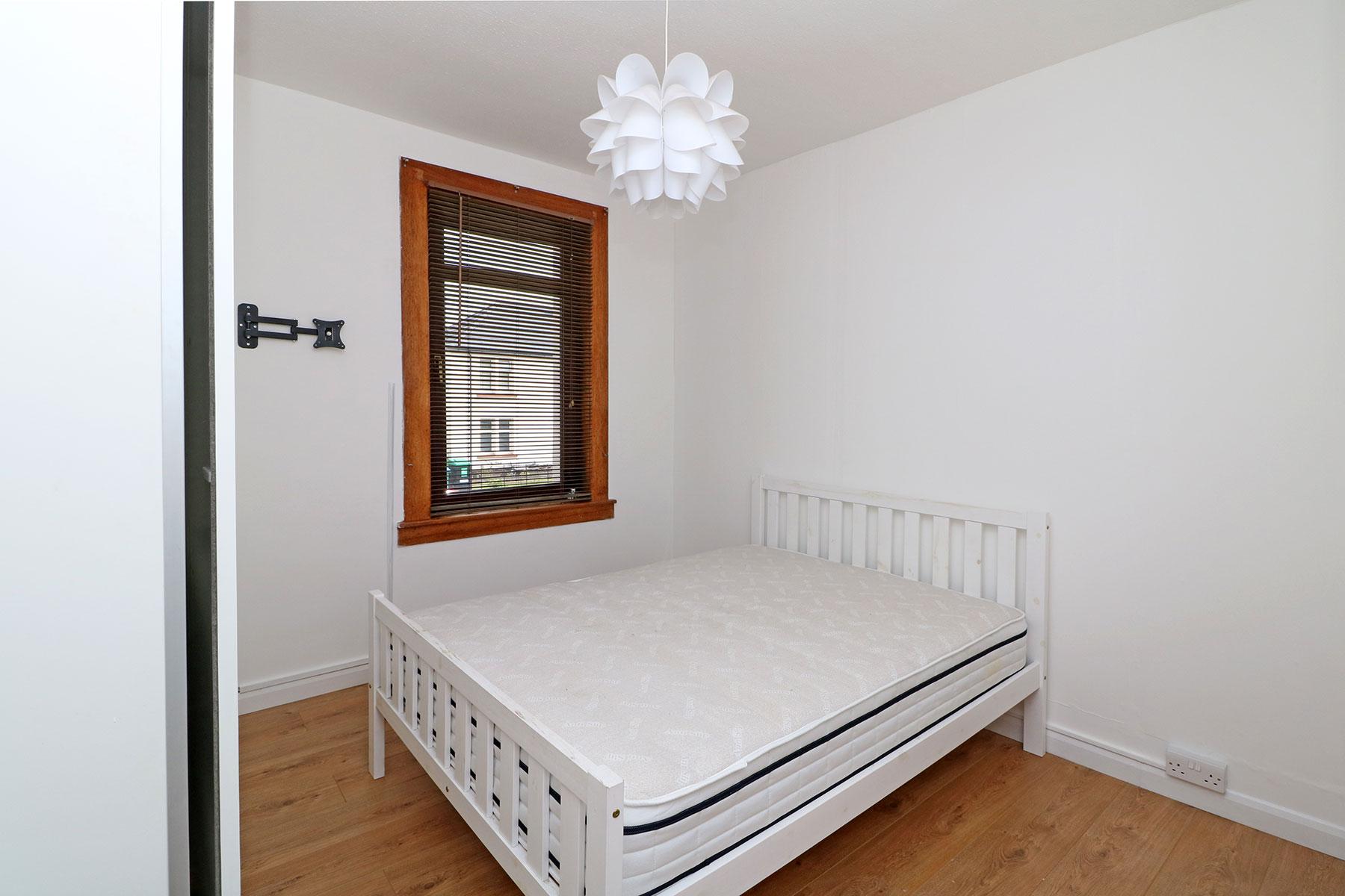 kerrsview-terrace-bedroom-1.jpg