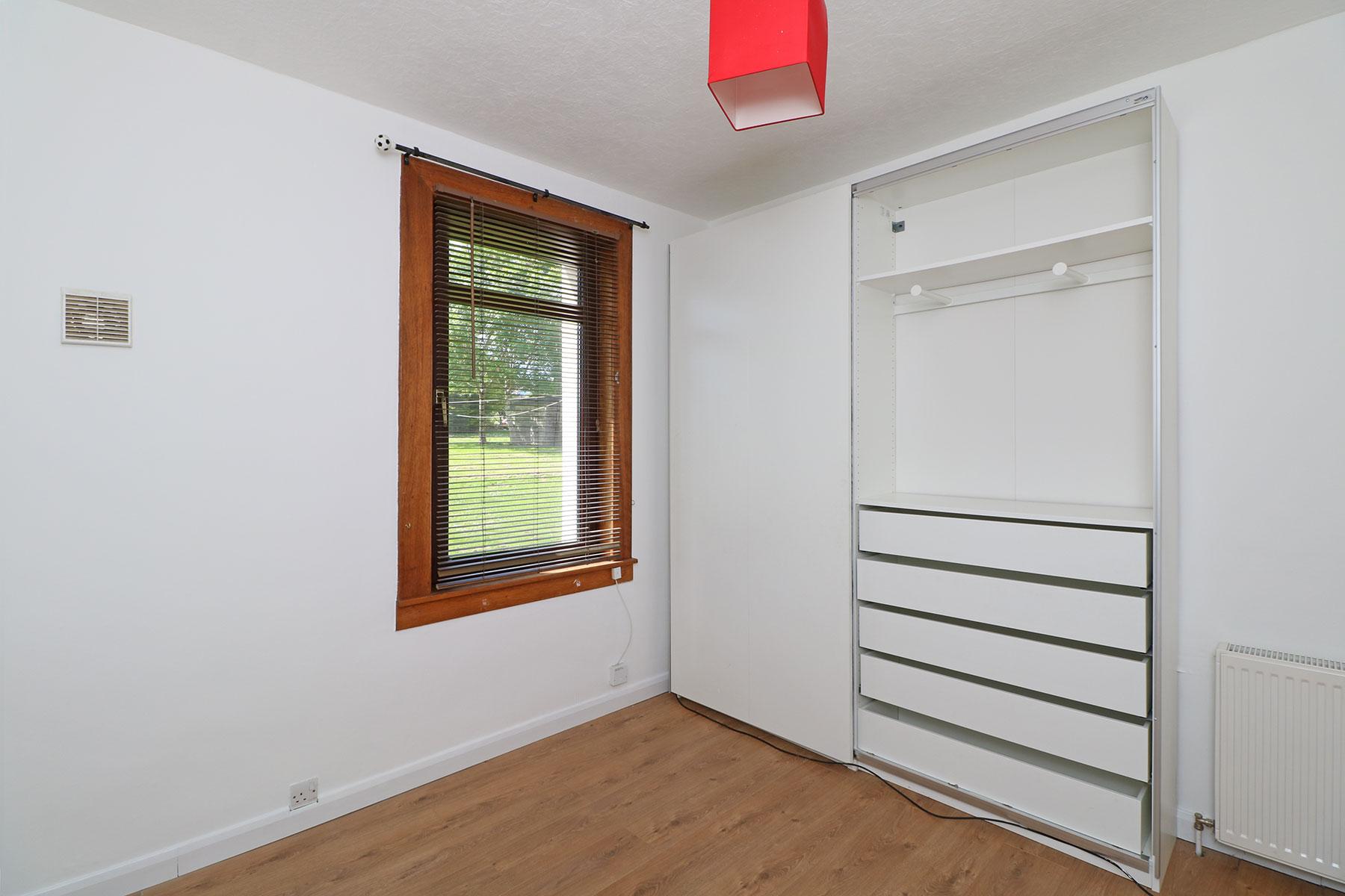 kerrsview-terrace-bedroom-2.jpg