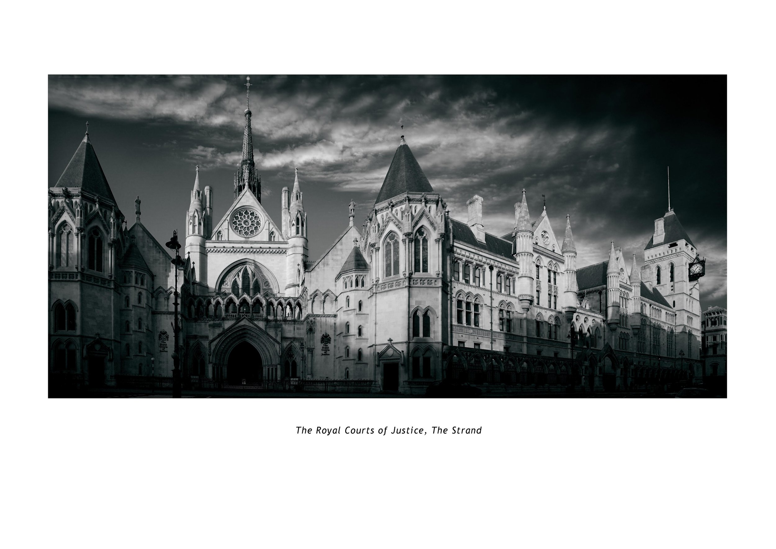 THE ROYAL COURTS OF JUSTICE.JPG