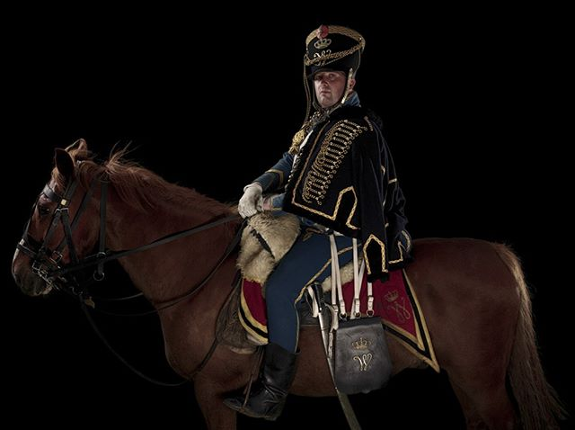 Huzar, Regiment Huzaren no 6 (van Boreel), Nederland Unseen Waterloo: The Conflict Revisited, is a series of imaginary portraits by photographer Sam Faulkner @faulknerphotog exploring how we remember the fallen from a time before photography.  Everyone of these images was made on the actual battlefield of Waterloo. Use code INSTA50 for a 50% discount on the Unseen Waterloo book. Use link in the profile.  #Waterloo #battleofwaterloo #reenactment #livinghistory #napoleonic #Dukeofwellington #Napoleon #princeoforange #huzar #hussar #vanboreel #nederland