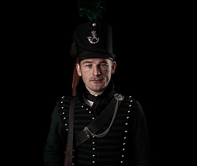 Officier, 95th (Rifle) Regiment of Foot, Britain  Unseen Waterloo: The Conflict Revisited, is a series of imaginary portraits by photographer Sam Faulkner @faulknerphotog exploring how we remember the fallen from a time before photography.  Every one of these images was made on the actual battlefield of Waterloo. Use code INSTA50 for a 50% discount on the Unseen Waterloo book. Use link in the profile.  #Waterloo #battleofwaterloo #reenactment #livinghistory #napoleonic #Dukeofwellington #Napoleon #Sharpe #rifles #95th #95thrifles