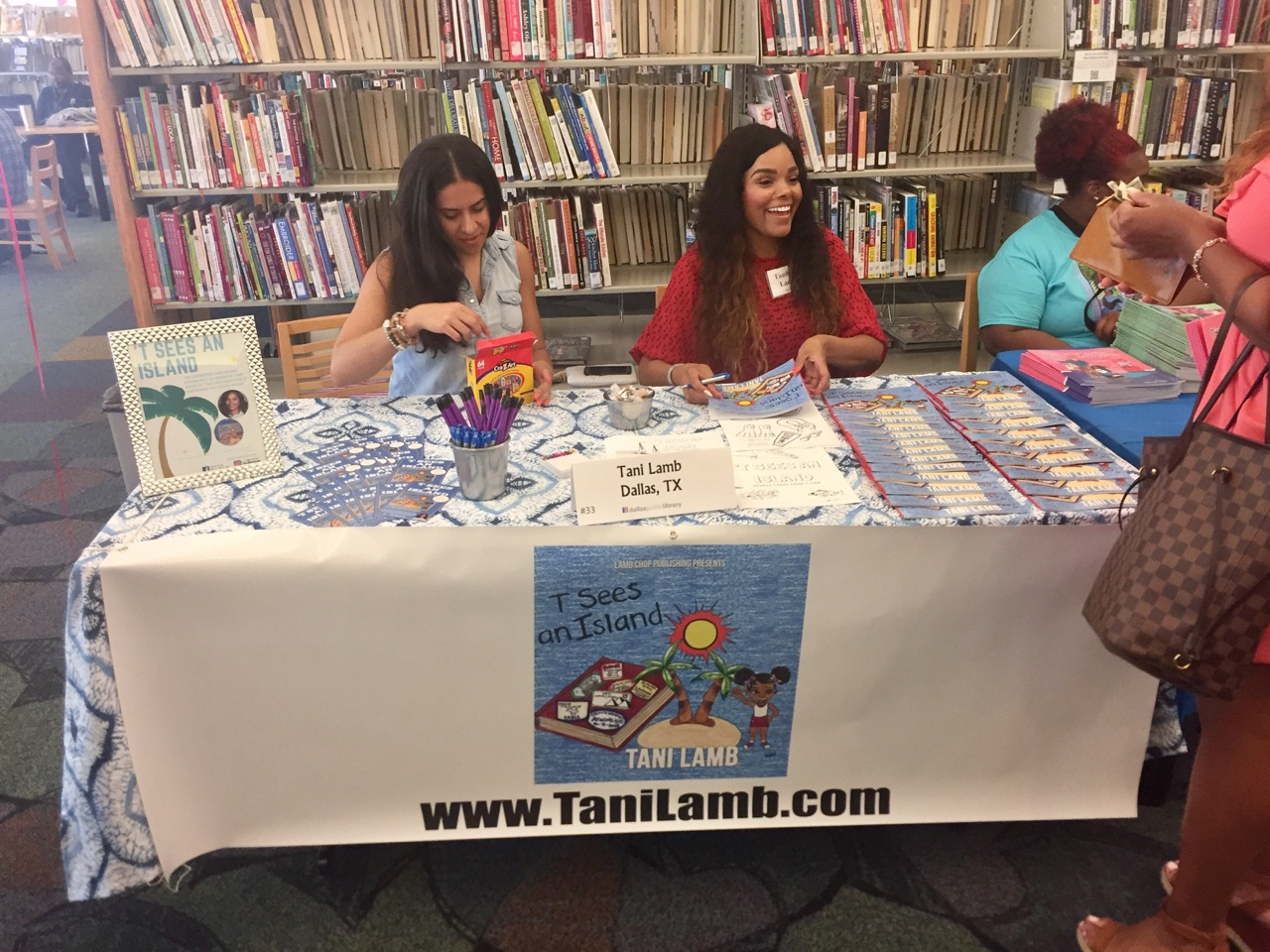 Dallas book fair.jpg