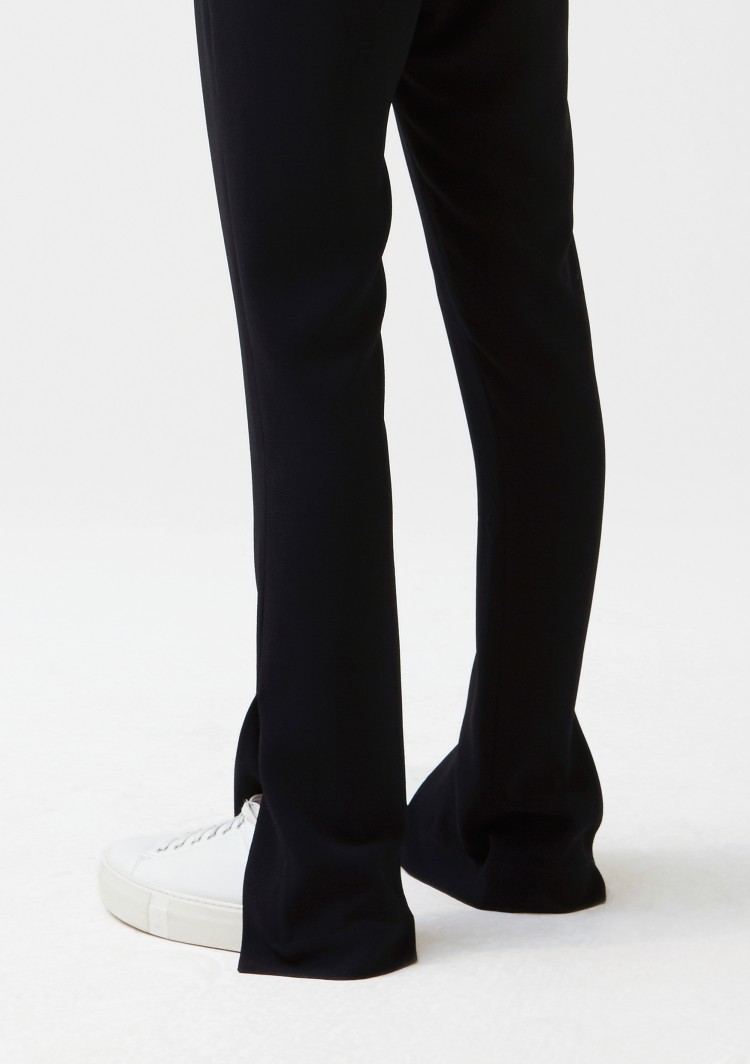 hope-move-trouser-black-front-cropped_1.jpg