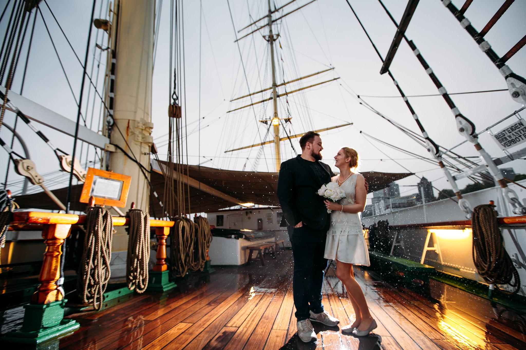 Hochzeit Hamburg Fotograf Rickmer Rickmers_Web_0002.jpg
