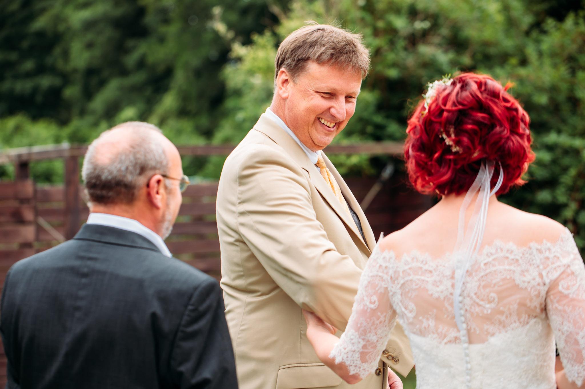 180616_Hochzeit_Haus_am_Bauernsee_Scheune_web_0008.jpg