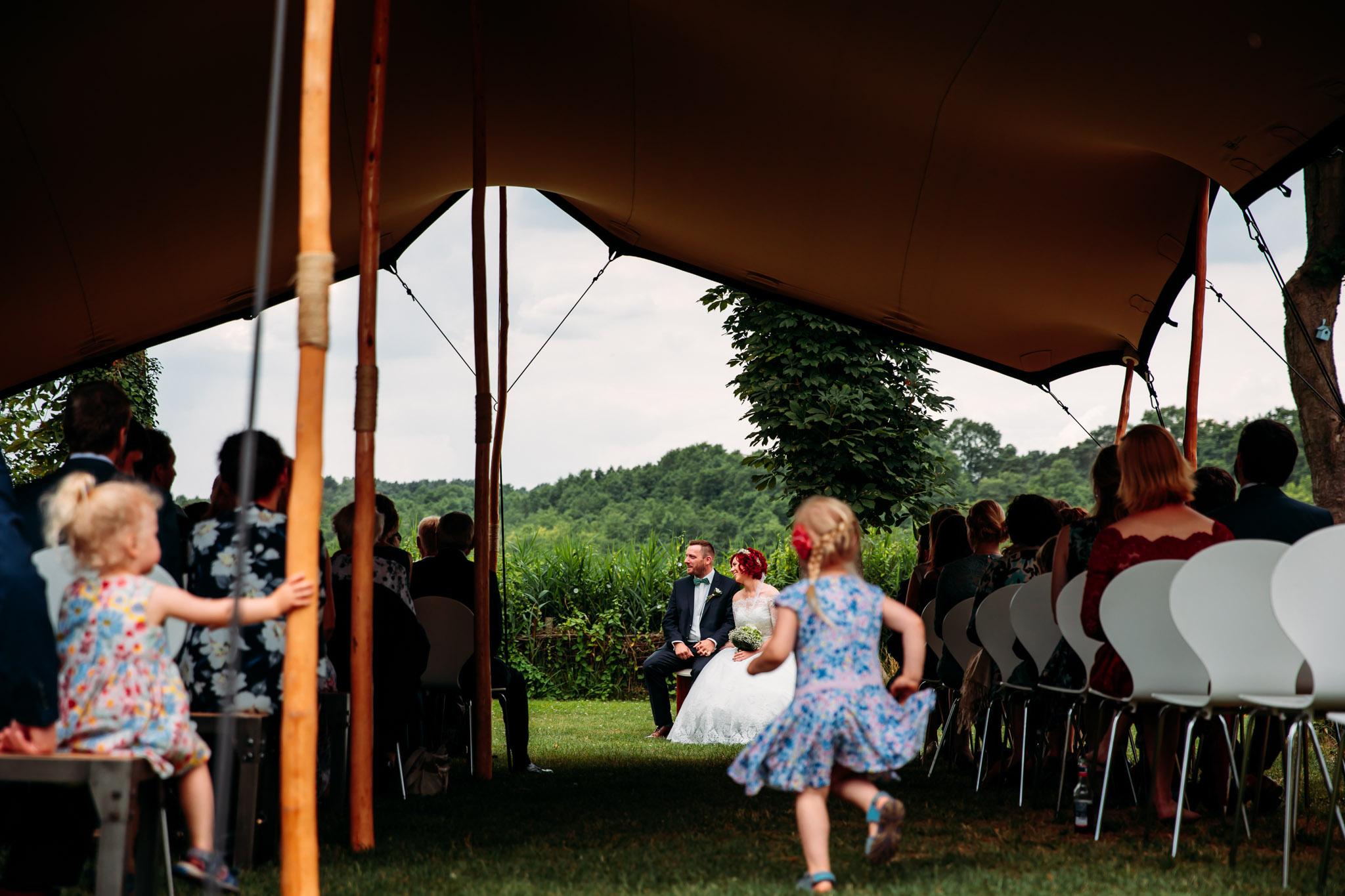 180616_Hochzeit_Haus_am_Bauernsee_Scheune_web_0011.jpg