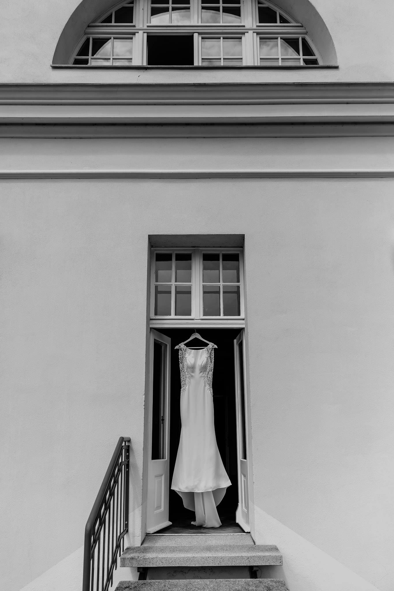190615_Hochzeit_kirchliche_Trauung_Schloss_Gut_Liebenberg_Seehaus_Brandenburg_web_0001.jpg