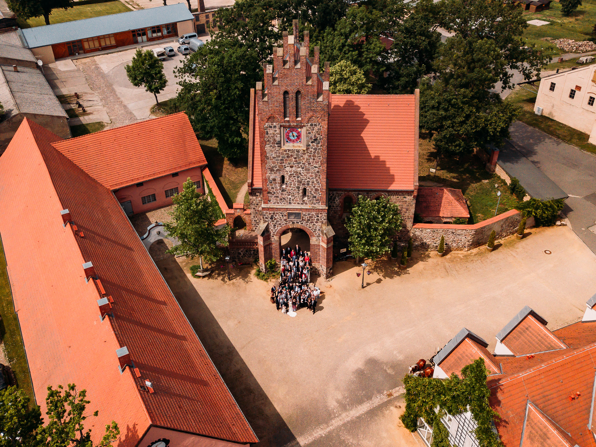 190615_Hochzeit_kirchliche_Trauung_Schloss_Gut_Liebenberg_Seehaus_Brandenburg_web_0014.jpg