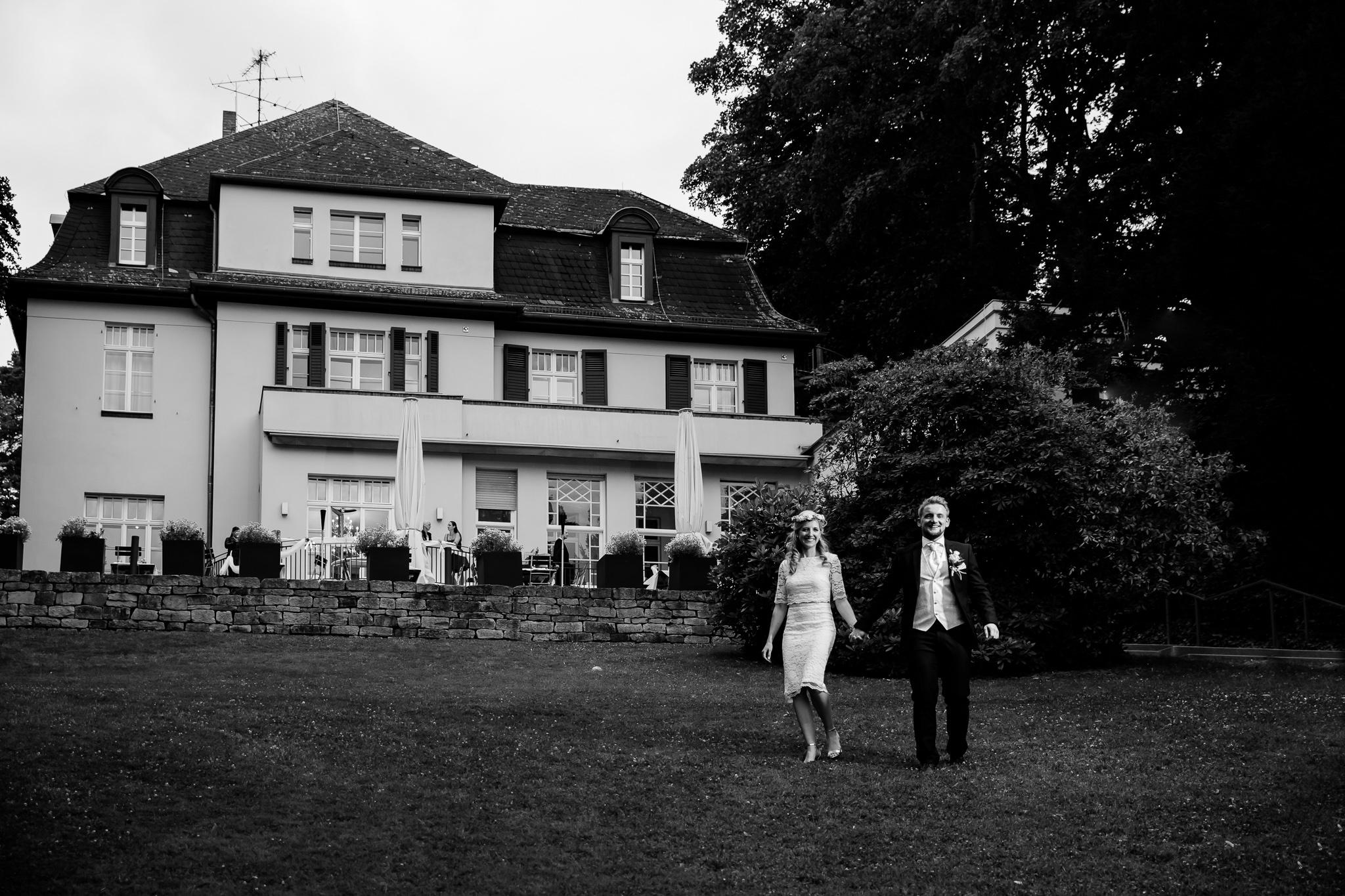 190705_Hochzeit_Villa_Blumenfisch_Wannssee_freie_Trauung_0025.jpg