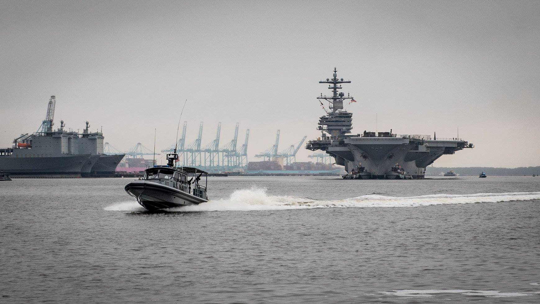 USS H.W. Bush  makes its way up the Elizabeth River. U.S. Navy photo by Mass Communication Specialist Seaman Steven Edgar