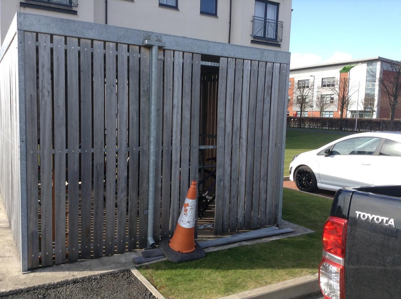 fence_repairs.jpg