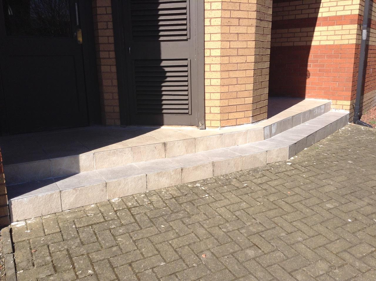 Tile_repairs_springburn2.jpg