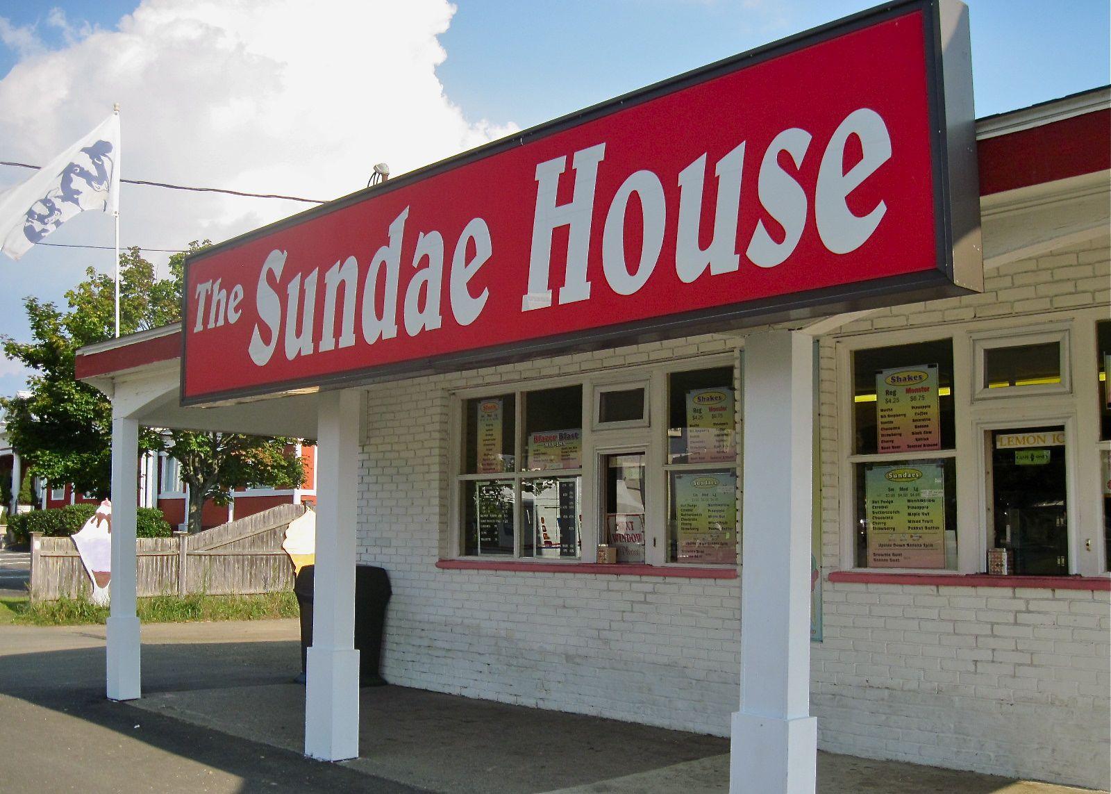 sundae house front.jpg