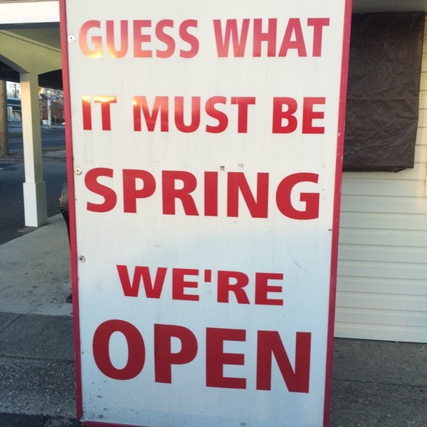spring open sundae house.jpg