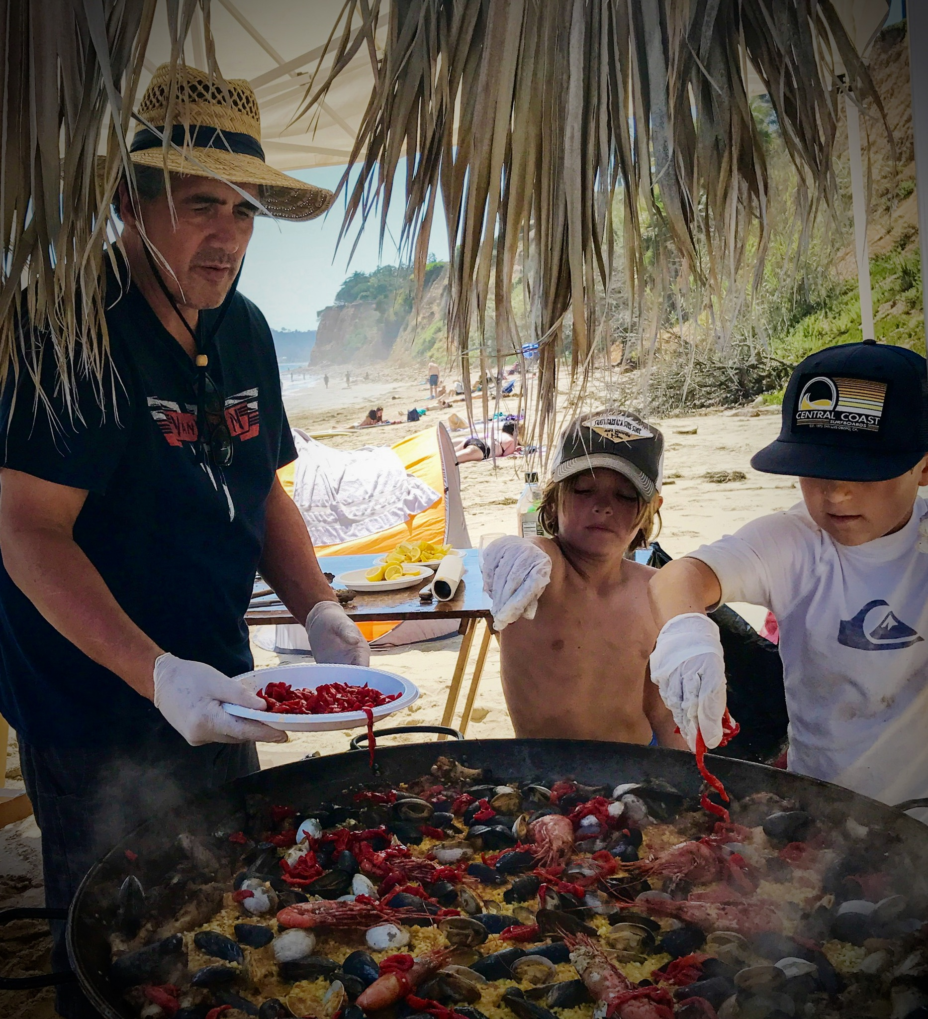 bomba-paella-catering-butterfly-beach3.jpg
