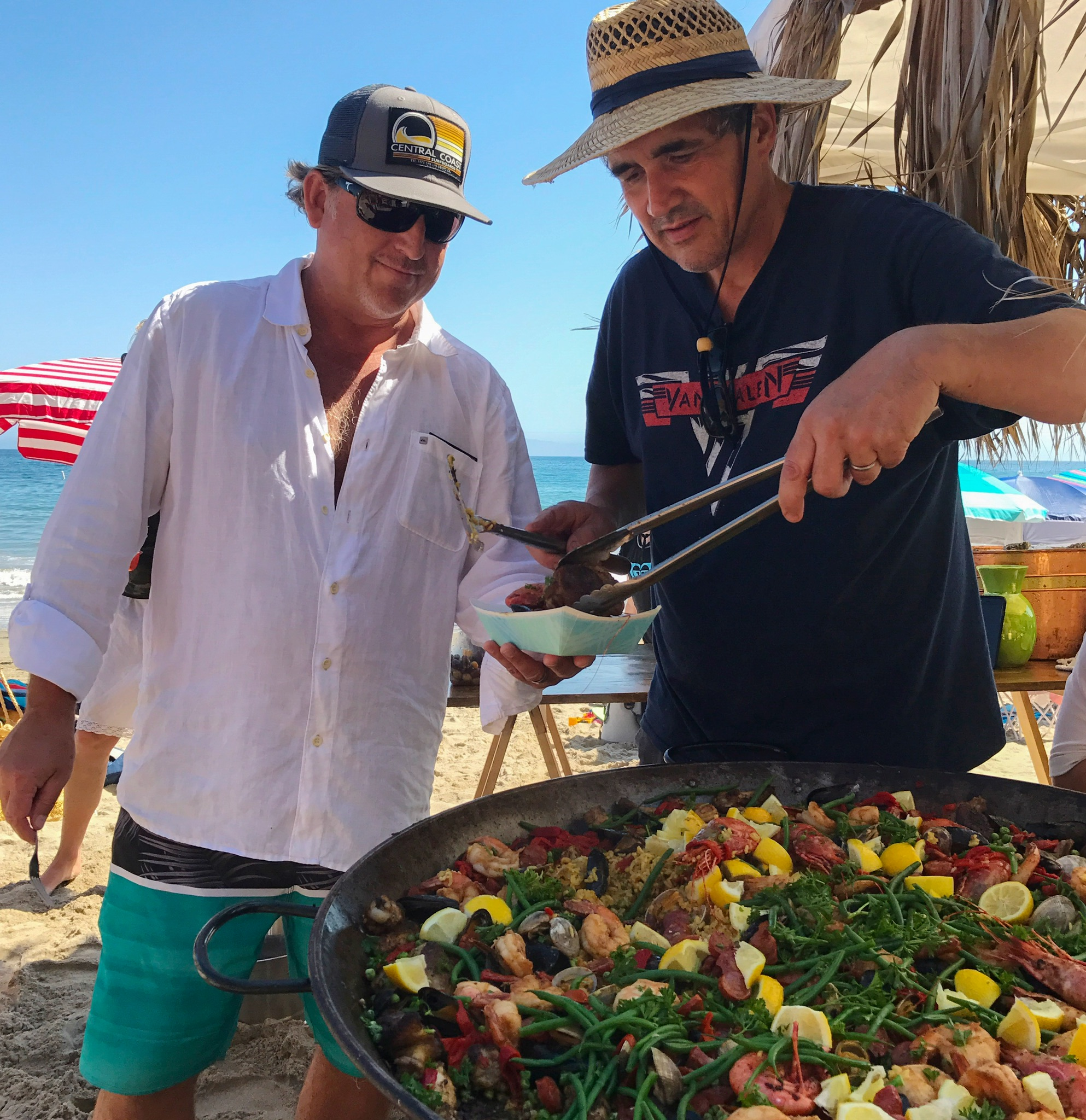bomba-paella-catering-butterfly-beach6.jpg