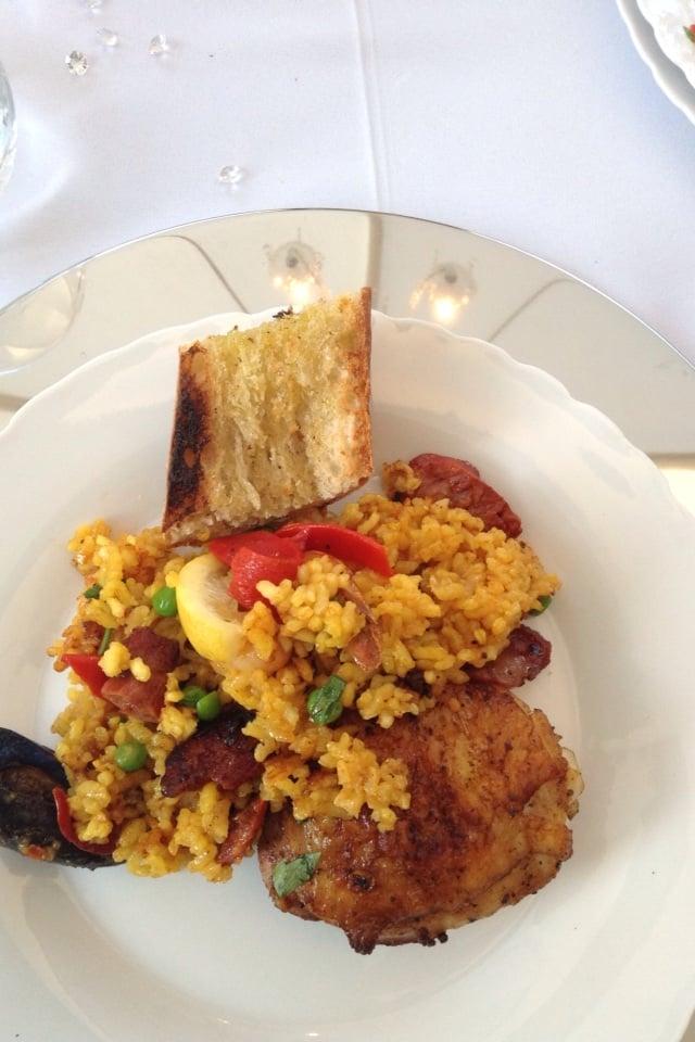 bomba-paella-catering-los-angeles-plate.jpg