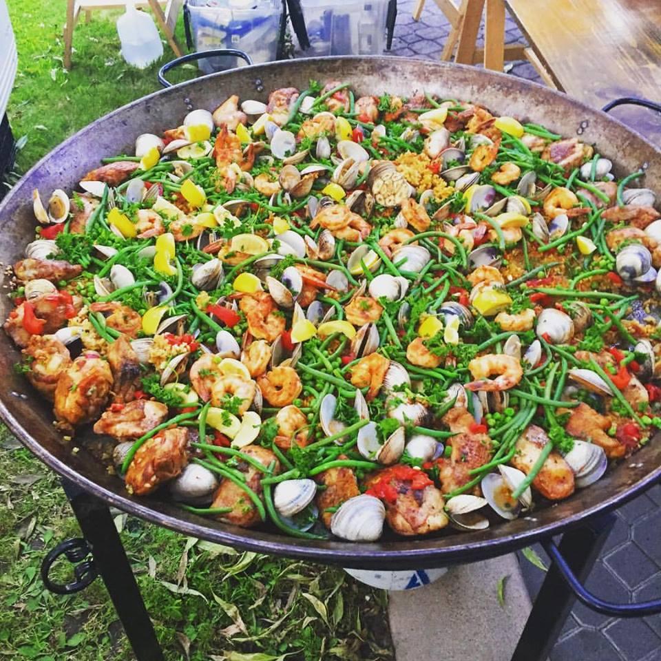 bomba-paella-catering-westcovina2.jpg