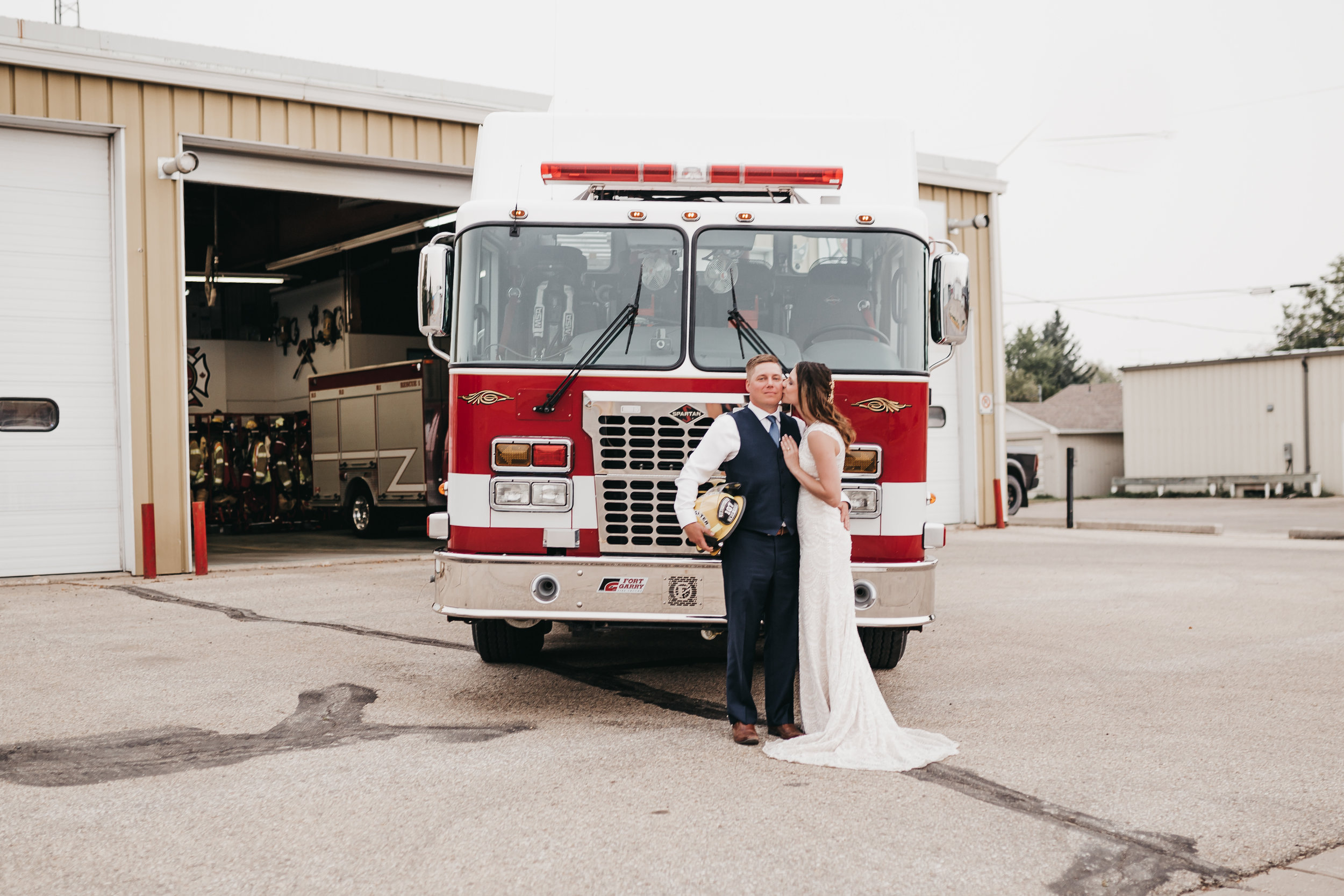 SimplePerfectionsPhotography.Mike+Courtney-752.jpg