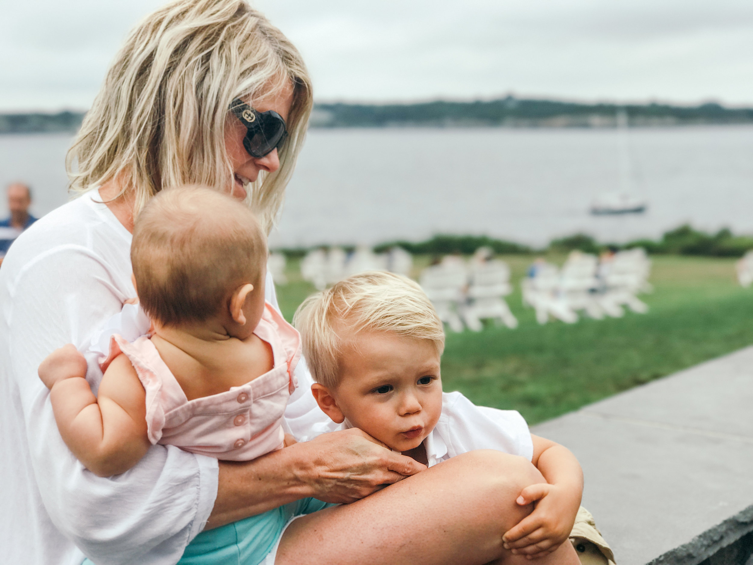 newport-rhode-island-lifestyle-mom-style-maternity-fashion-vintage-jewelry-travel-family-blog-2