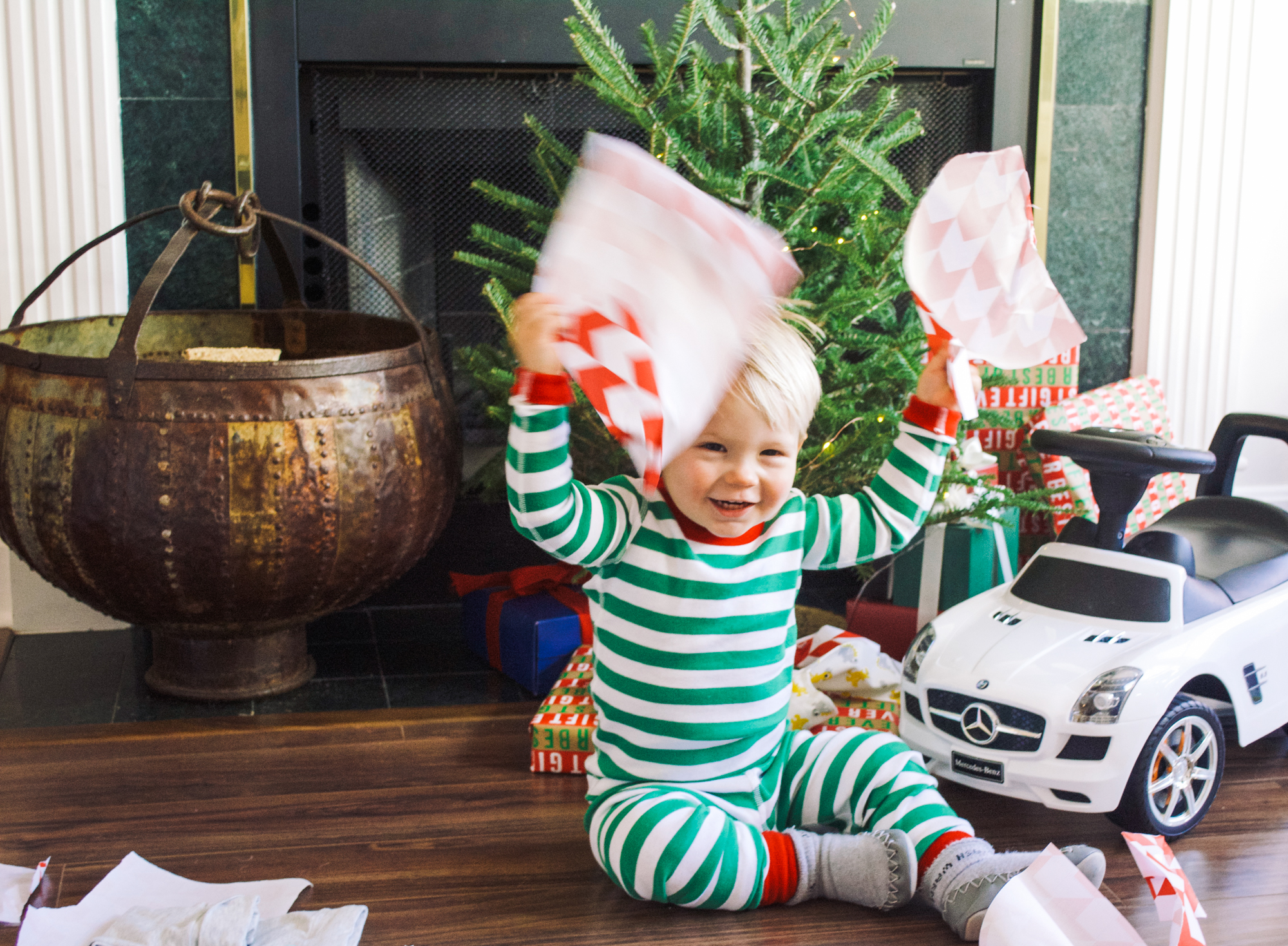 christmas festive hoidays thanksgiving family gifts presents hanna andersson cute mom life
