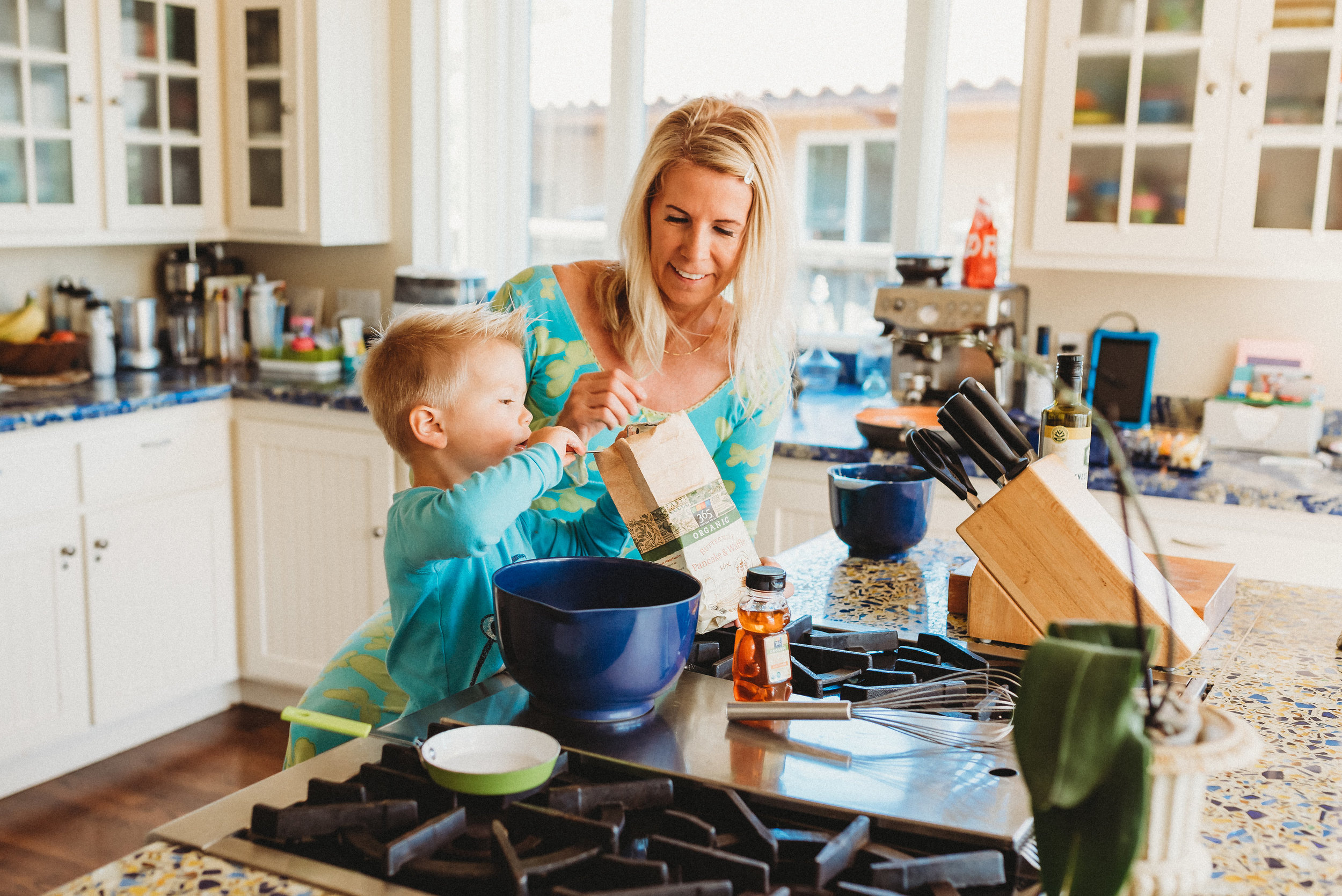 family pancakes morning routine mom of two toddlers pj mornings family time quality time5.jpg