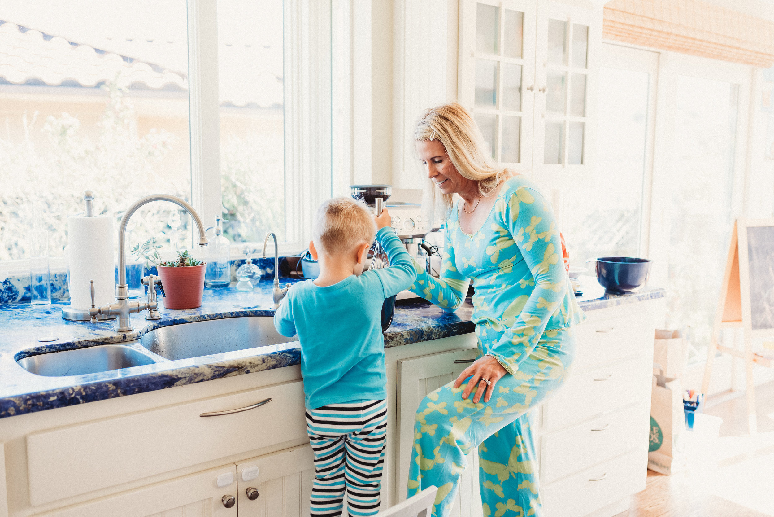 family pancakes morning routine mom of two toddlers pj mornings family time quality time16.jpg
