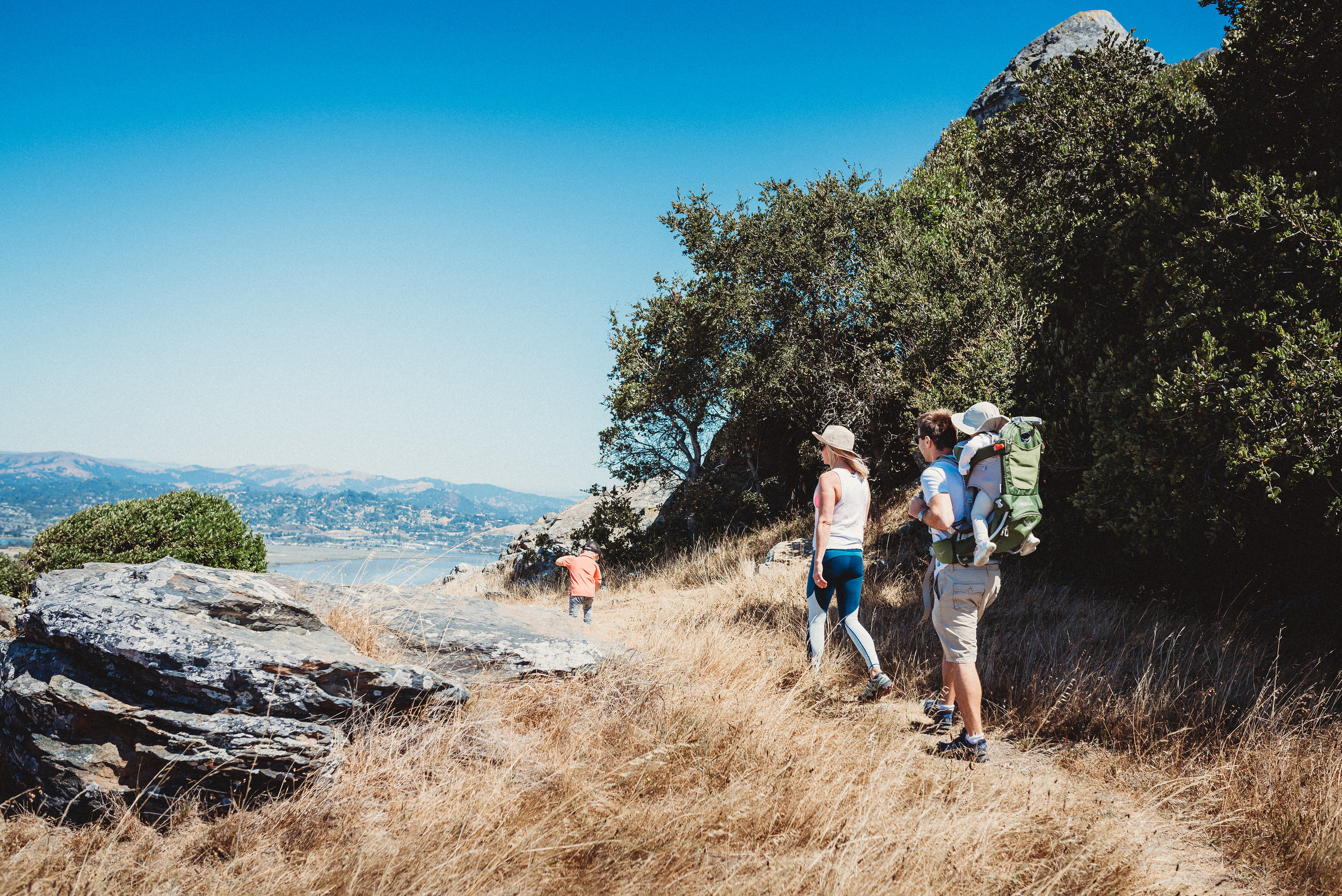 sunday morning family hike family time quality time california mountains hiking6.jpg