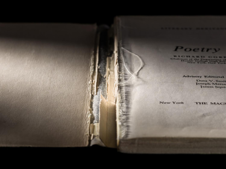 Poetry 1, Interior Broken Spine
