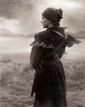 Beth Moon, Last Comes the Raven