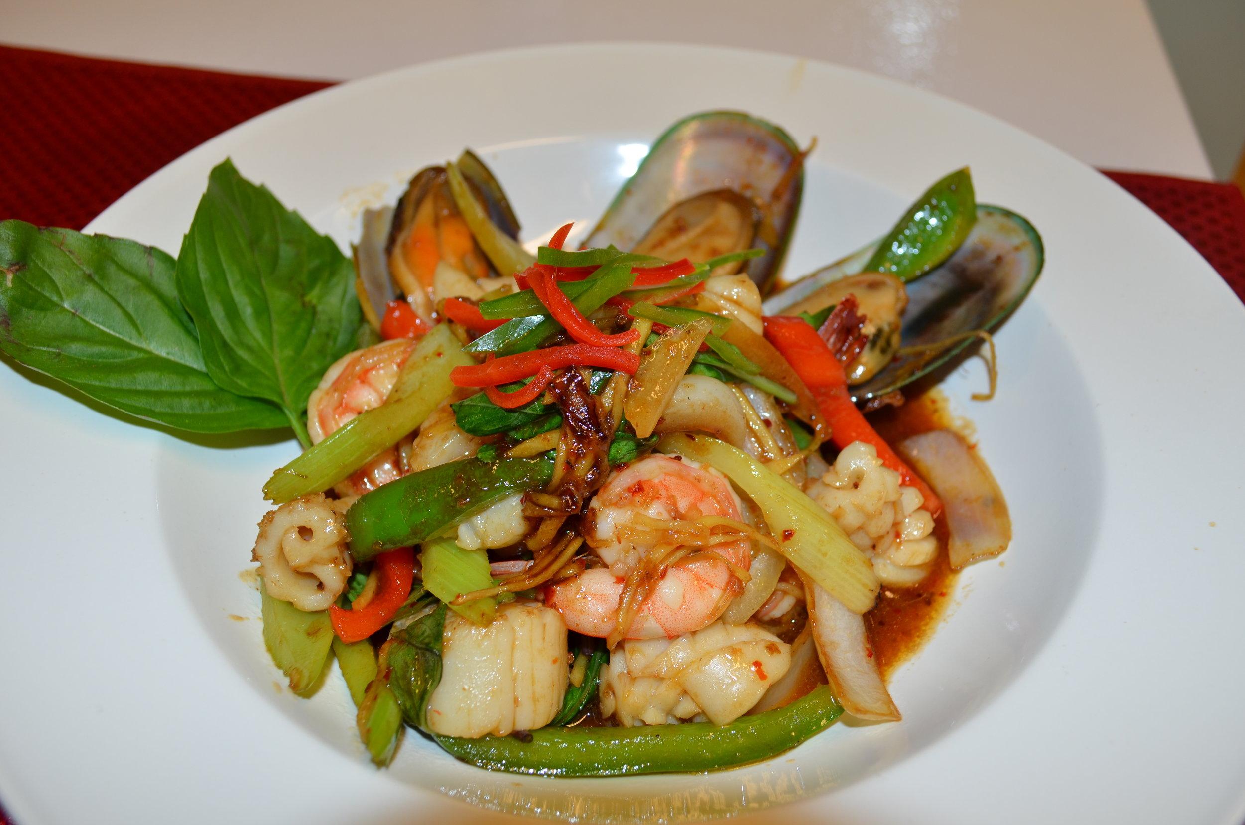 spicy seafood.JPG