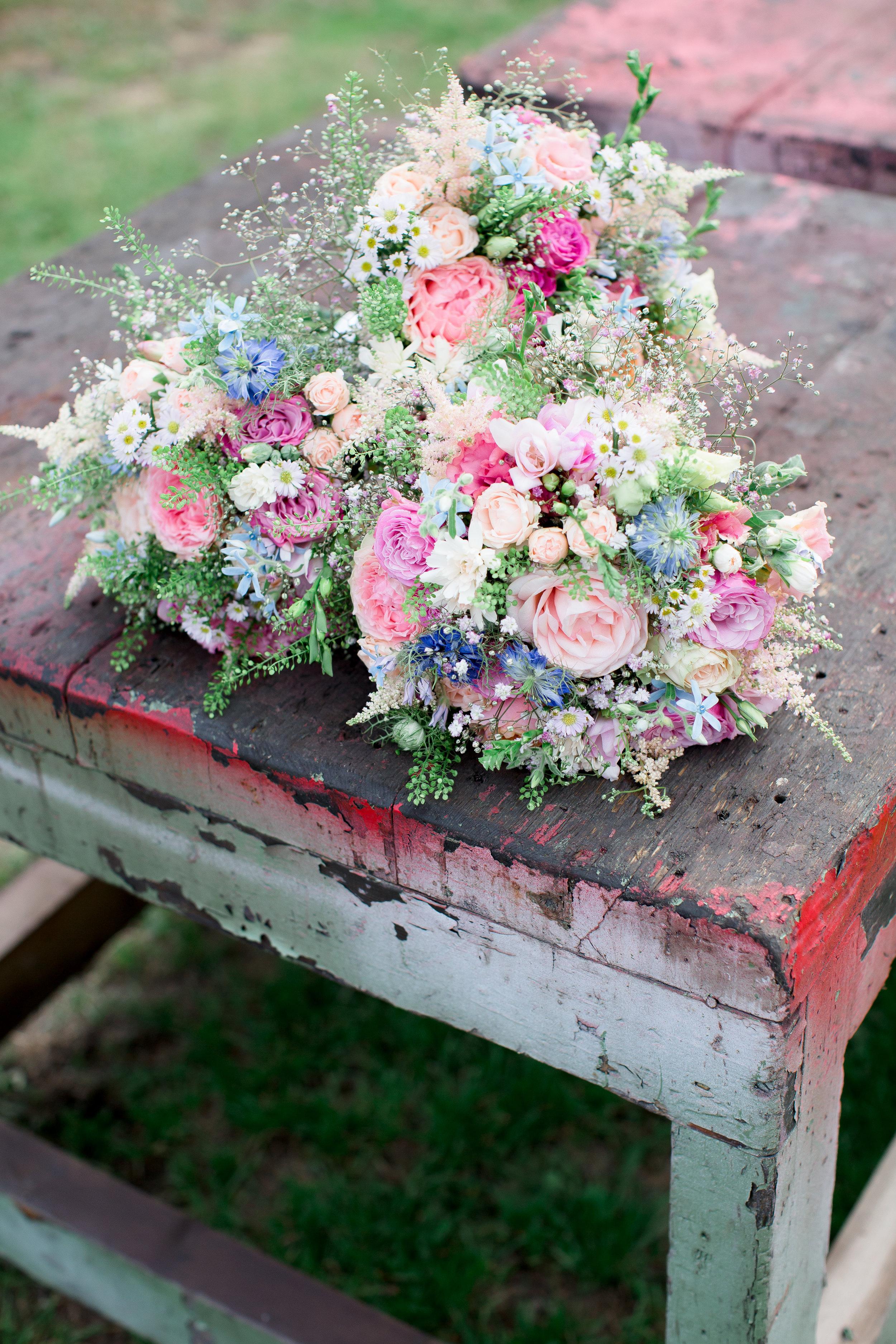 Yorkshire Wedding Photography_ Bridal flowers _ Joanna Keely.jpg