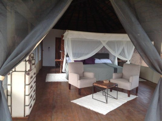 kubu-kubu-tent-bed-950.jpg