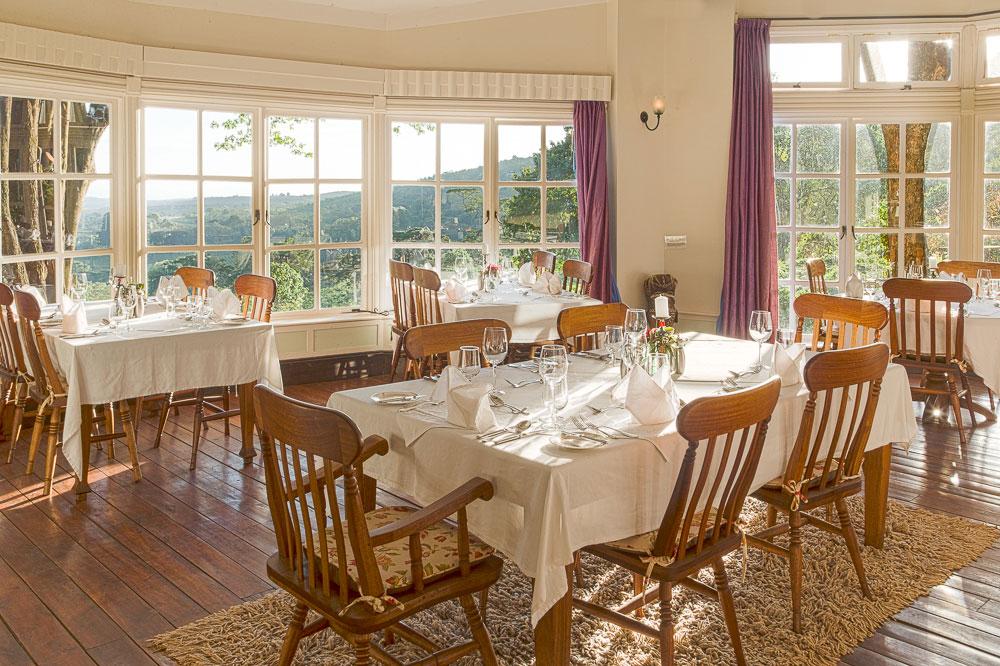 Diningroom_7.jpg