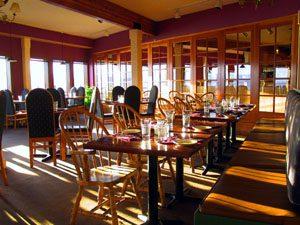 RestaurantTables-300x225.jpg